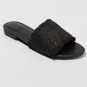 Universal thread Yvette slide sandal size 7.5